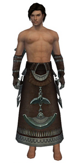Dervish Ancient armor m gray front arms legs.png